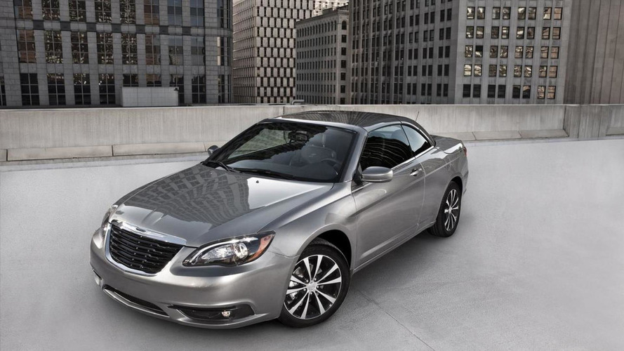 2011 Chrysler 200 S revealed
