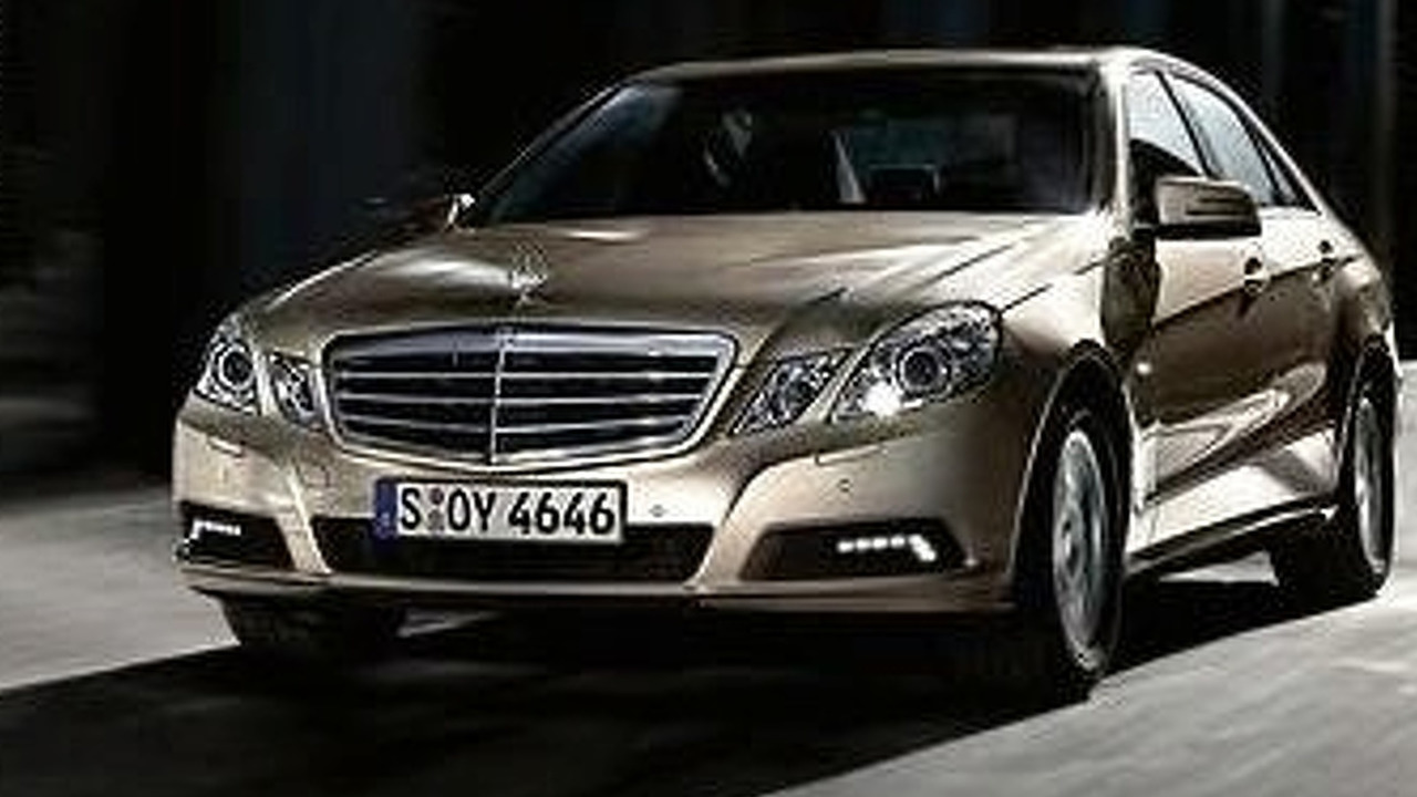2010 Mercedes-Benz E-Class sedan leaked press photos