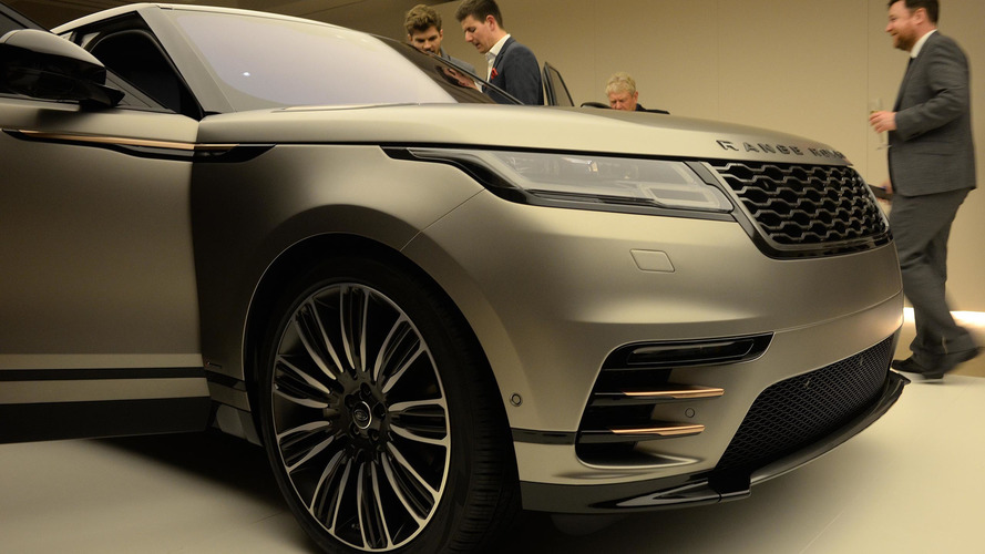 range rover velar coupe suv arrives this summer starts at 62 000. Black Bedroom Furniture Sets. Home Design Ideas