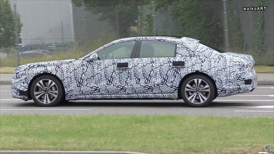 2020 Mercedes S-Class Caught On The Move With New Headlights