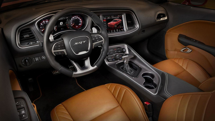 2016 Dodge Charger & Challenger SRT Hellcat announced