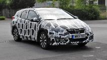 2015 Honda Civic Tourer facelift spy photo