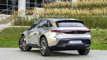 Mercedes, elektrikli crossover'ı EQ'nun siparişlerini açtı
