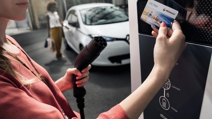 İngiltere'de elektrikli araçlara özel ek şerit yapılacak