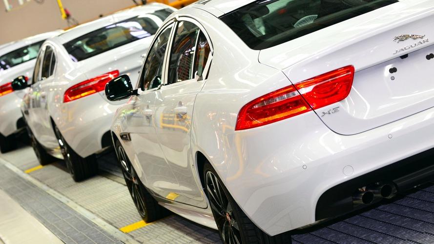 Le succès du Jaguar F-Pace pousse la XE à s'exiler !