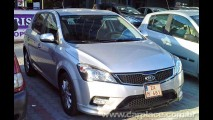 Novo Kia Ceed 2010 - Modelo é flagrado na rua - Fotos mostram detalhes do interior