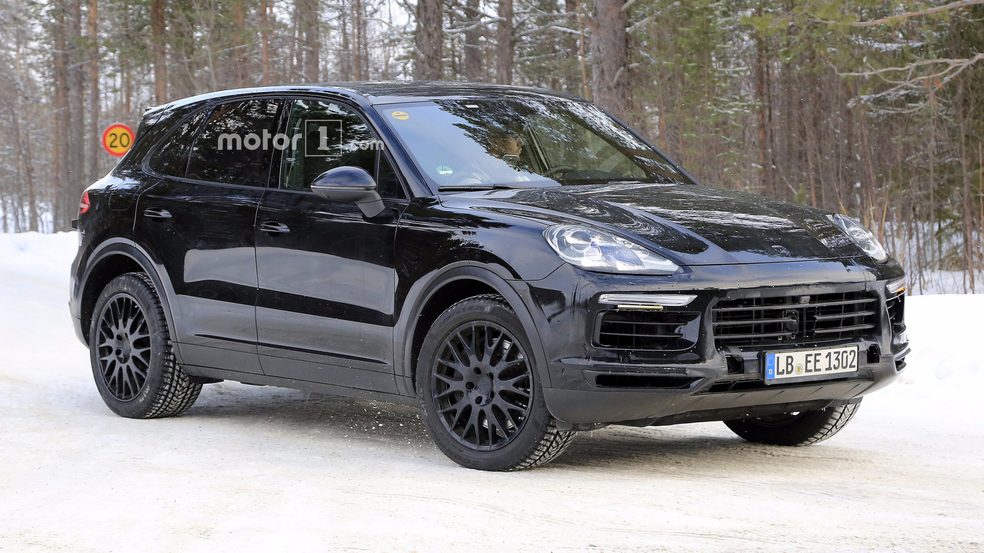 2018 porsche cayenne spied with very little disguise. Black Bedroom Furniture Sets. Home Design Ideas