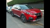 Atração da Peugeot no Salão de SP, nova geração do 3008 é clicada ao vivo
