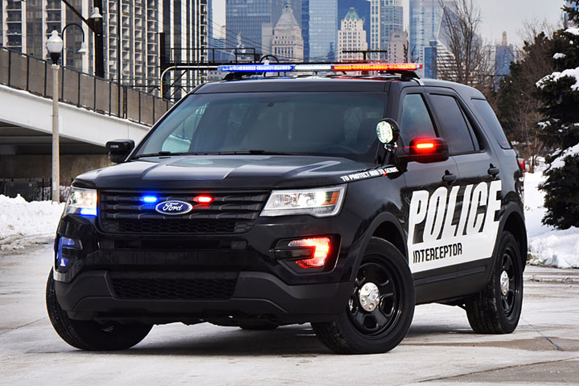 The 2017 Ford Police Interceptor Utility is Going Stealth