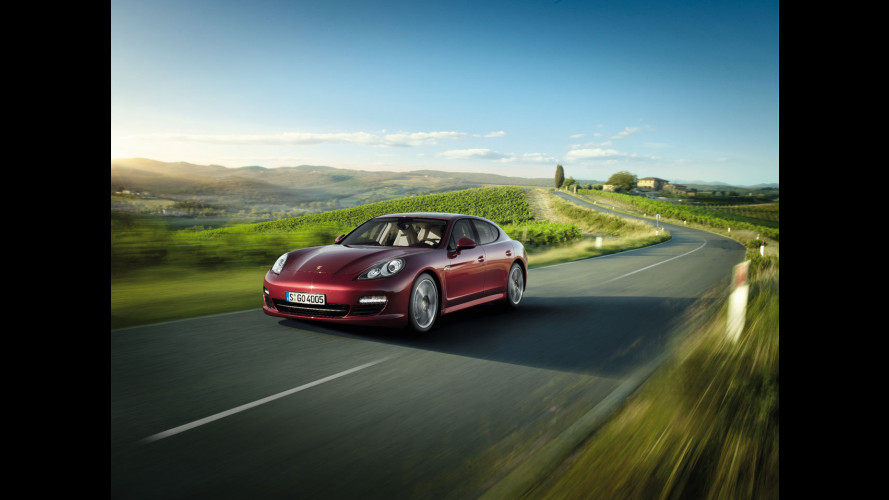 Motore V6 per Porsche Panamera e Panamera 4