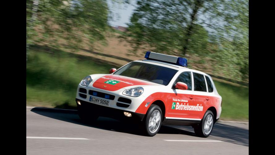 Una Porsche Cayenne S... ambulanza!