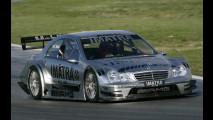 Valentino Rossi su una Mercedes DTM