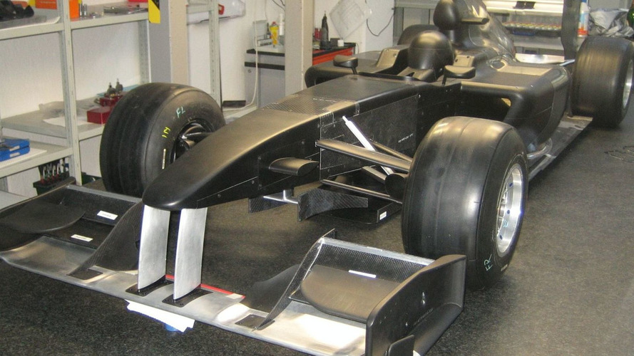 Lotus F1 Team Release first Pictures of 2010 Challenger Full Scale Model