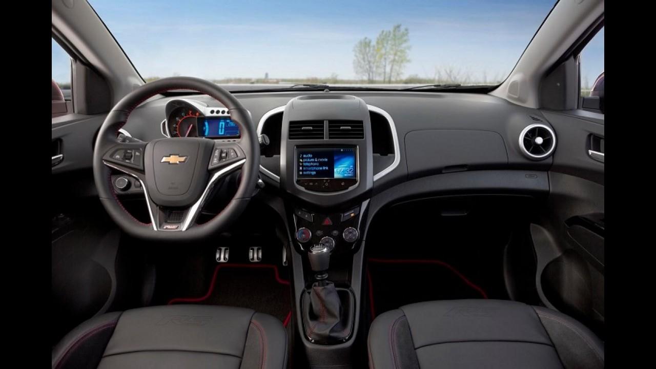 Chevrolet Sonic Sedan estreia versão esportiva RS em Los Angeles