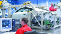 Measuring the body of the Audi TT Coupe