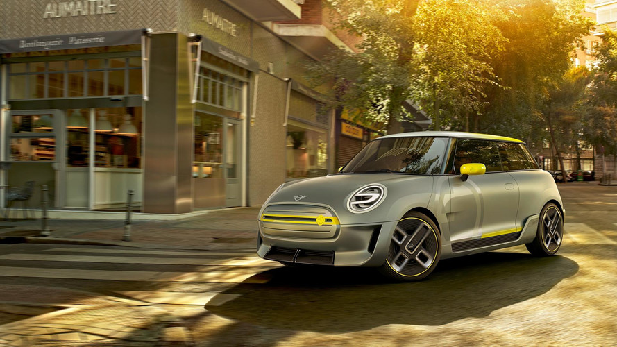 MINI Electric Concept Frankfurt yolcusu