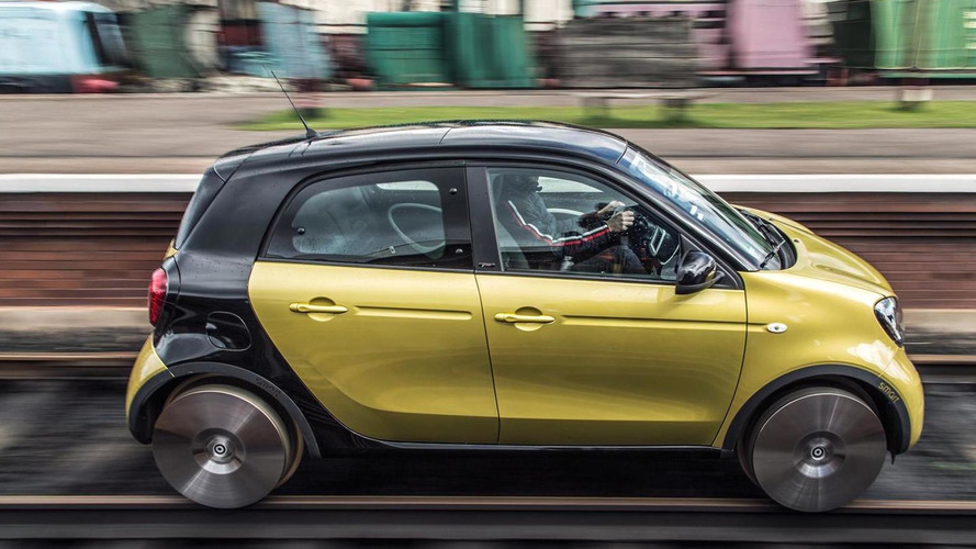 Smart turns the forfour into a tiny train called forrail [video]
