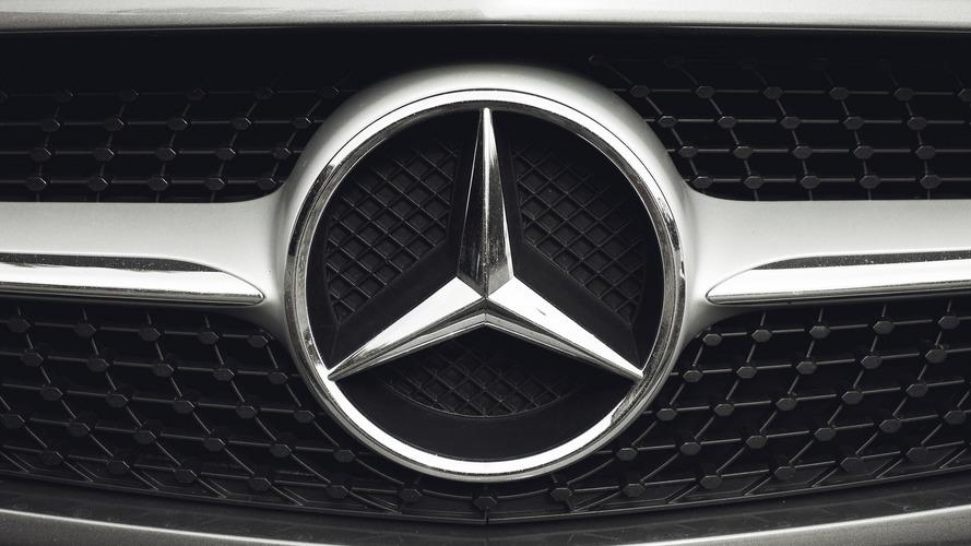 Több mint 3 millió dízelt hív vissza a Mercedes Európában