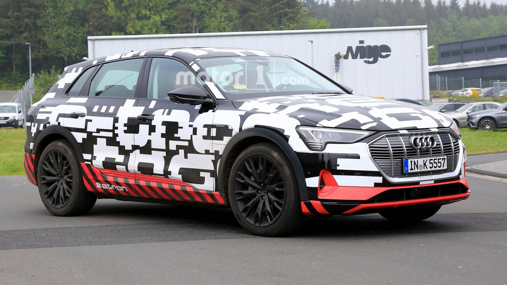 audi-e-tro​n-spy-phot​o-may-2018