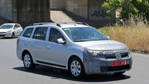 2017 Dacia Logan MCV facelift spy photo