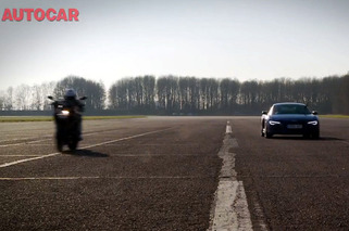 Video: Audi R8 V10 races a Ducati, Because, Why Not?