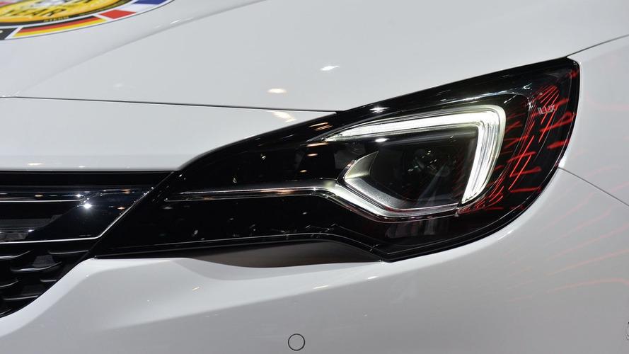 Opel Astra'nın LED ön farları alıcılar tarafından beğenildi