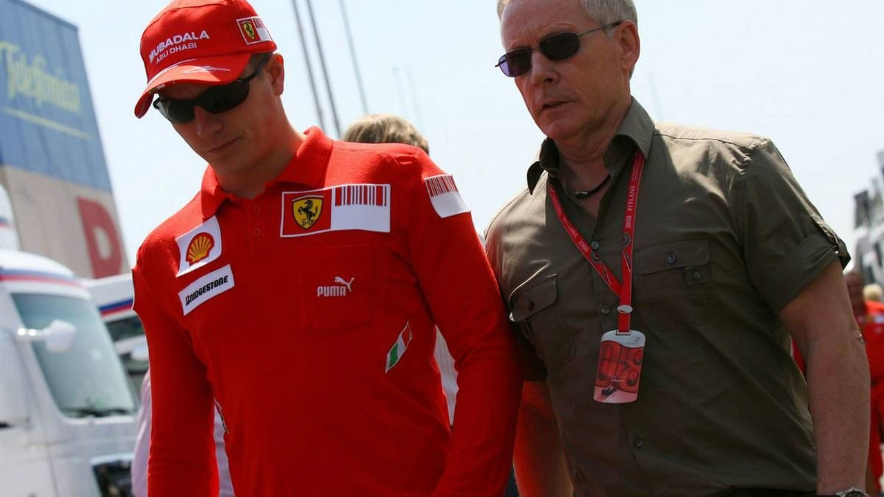 Kimi Raikkonen (FIN), Räikkönen, Scuderia Ferrari and David Robertson (GBR), Manager of Kimi Raikkonen, Spanish Grand Prix, Thursday, 24.04.2008 Barcelona, Spain