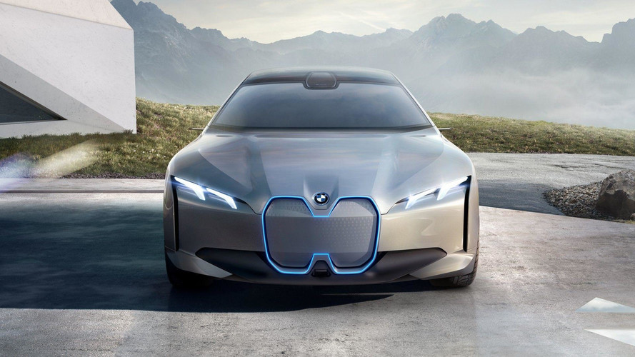 BMW Slammed By Former Design Chief, Says Styling Is 'Banal'