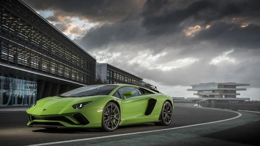 La Lamborghini Aventador va recevoir de nouvelles déclinaisons !