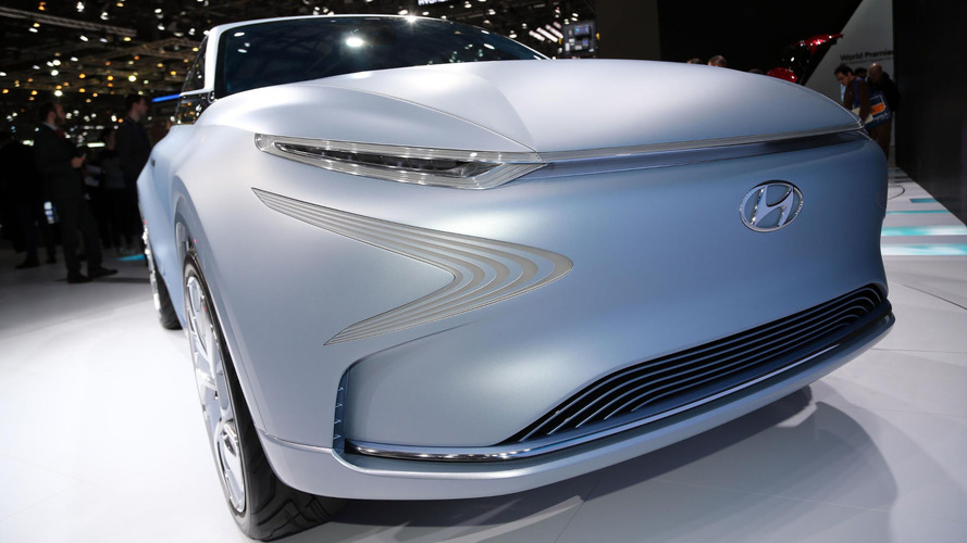 Hyundai Futuristic FE Fuel Cell Concept can do 800+ kilometres on hydrogen