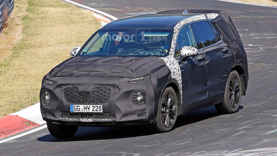 Novo Hyundai Santa Fe - Flagra em Nurburgring