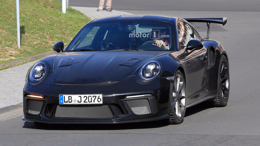 Photos espion - La Porsche 911 GT3 RS restylée surprise sur la route