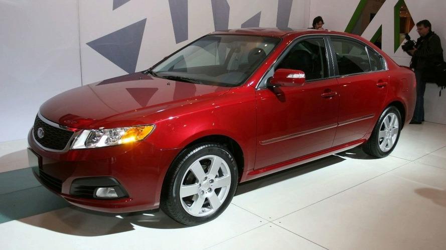 Kia Optima Facelift Debuts in New York