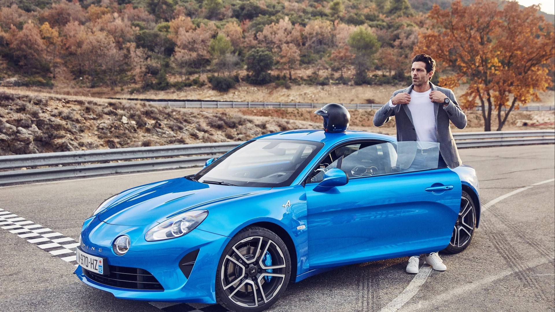Alpine A110 Finally Enters Production In France