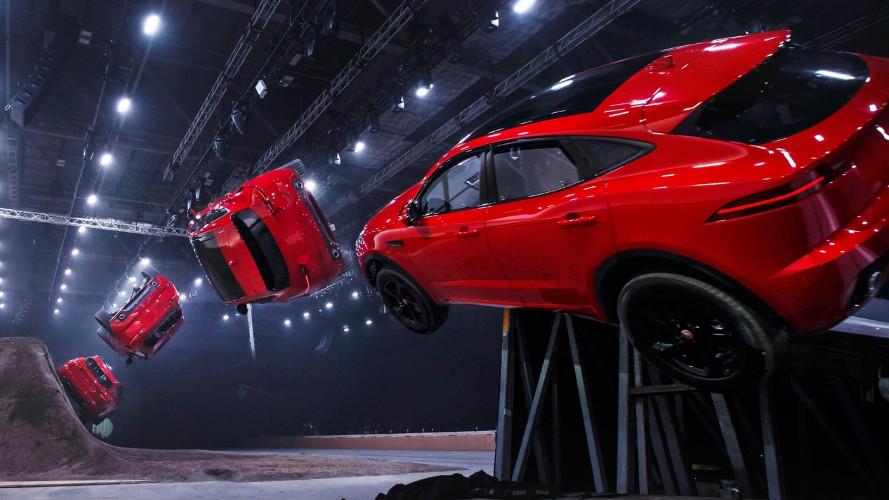 Salto record con avvitamento per la Jaguar E-Pace [VIDEO]
