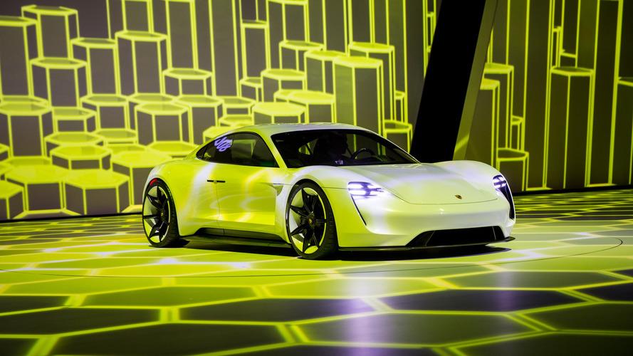 Porsche Mission E, Panamera fiyatına olacak