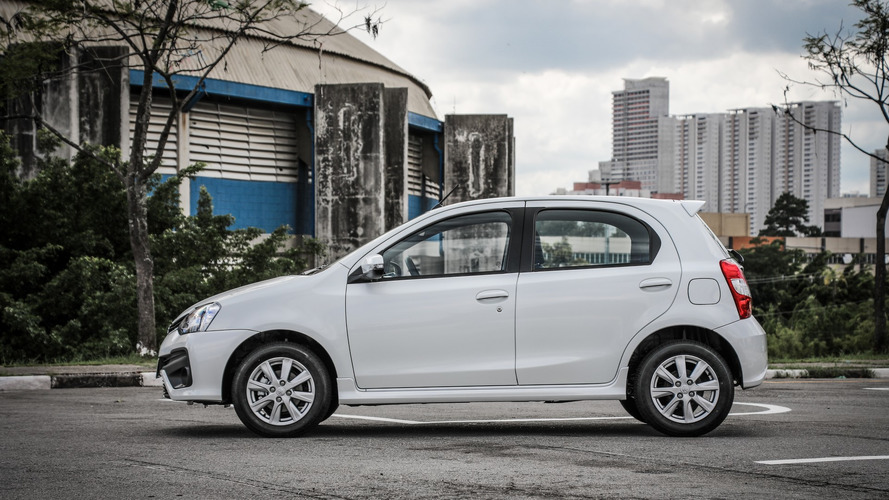 Mais vendidos na 1ª quinzena: Toyota Etios em 8º e nenhum Fiat no top 10