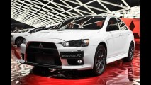 Edição limitada: Mitsubishi lança Lancer Evolution X Carbon Series por R$ 211.990