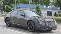 2015 Chrysler 300 facelift spy photo