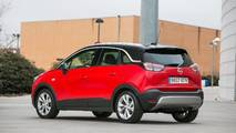 Opel Crossland X contra...