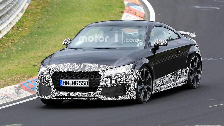 Photos espion - L'Audi TT RS restylée en approche