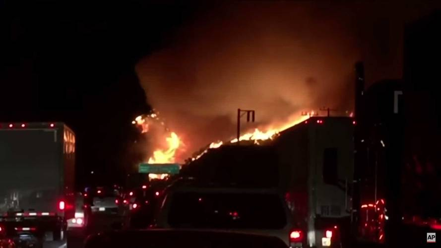 LAPD Asks Drivers Not To Use Nav In California Wildfire Zones