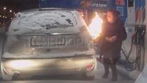 Rus kadın buzu çözeyim derken otomobilini yaktı