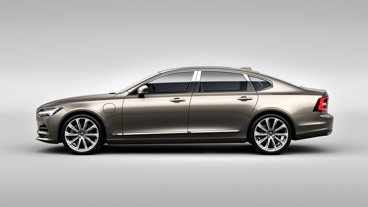 China-built 2017 Volvo S90 Excellence