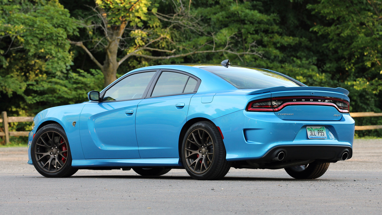 Review 2016 Dodge Charger Srt Hellcat