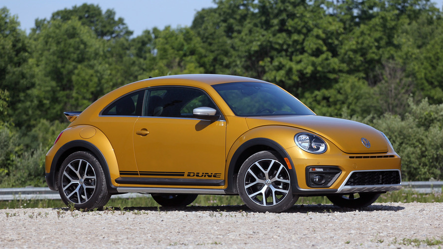 2016 VW Beetle Dune Review, a fun look that's all facade
