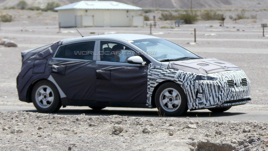 Hyundai's Toyota Prius competitor spied in the U.S.