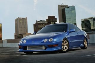 The Performance-Focused 2000 Acura Integra Type R