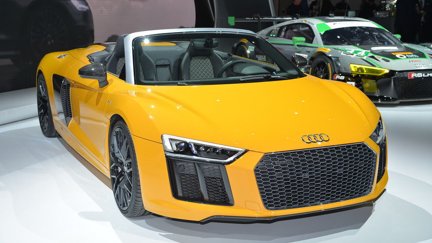 Audi R8 Spyder V10 goes topless in New York