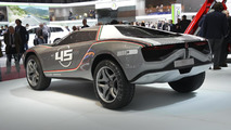Italdesign Giugiaro Parcour with racing stripes at 2013 Geneva Motor Show